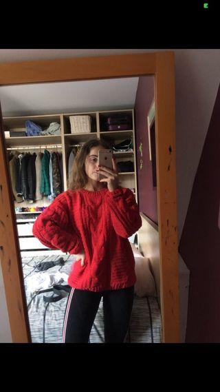 Gros pull en laine rouge