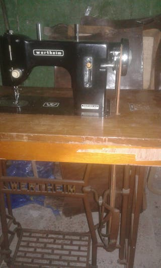 Maquina coser antigua Wertheim