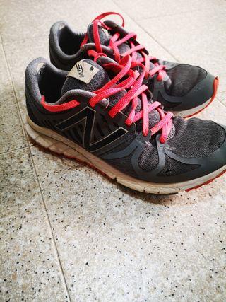 Zapatillas New Balance VAZEE Rush