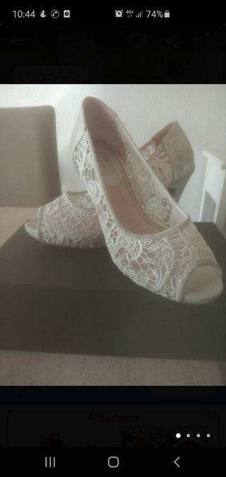 zapato encaje novia