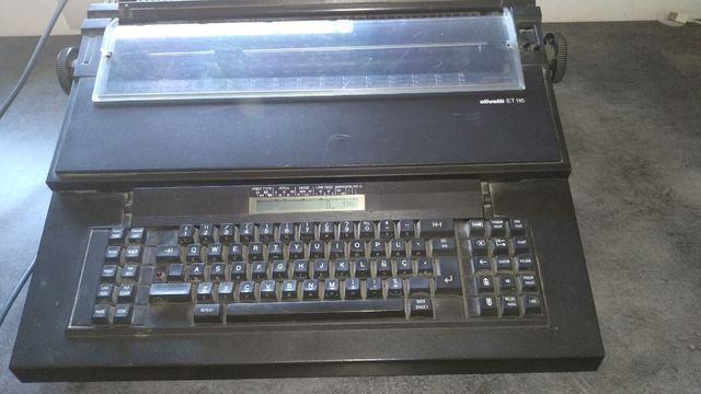 maquina de escribir olivetti ET 116