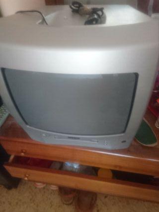 televisión y DVD Sanyo