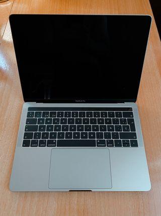 "MacBook Pro 13,3"" | 1,4GHz | 8GB | 256GB"