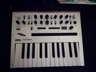Sintetizador Piano Teclado Korg Monologue