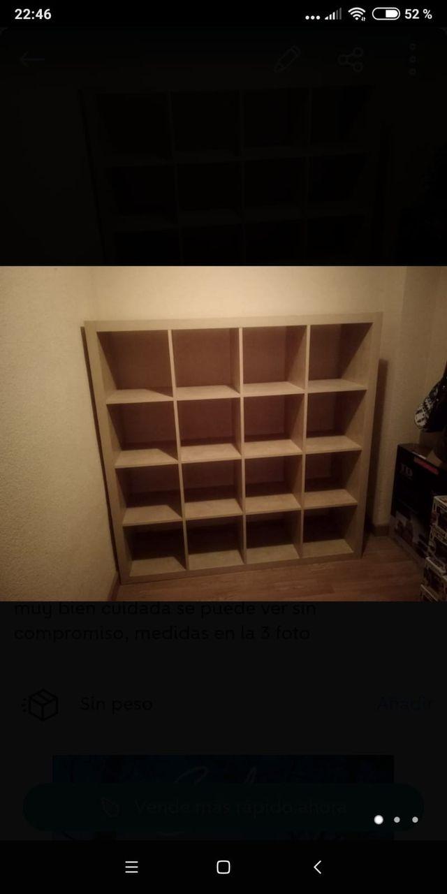 Estanteria de madera 150 x 150 cm