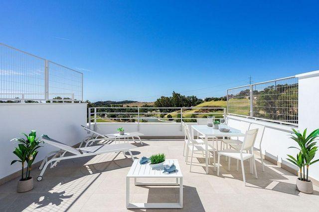 Villa en venta en Estepona Oeste - Valle Romano - Bahía Dorada en Estepona (La Gaspara, Málaga)