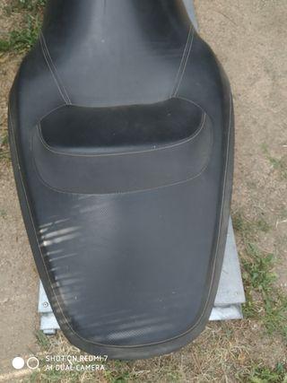 asiento de x max