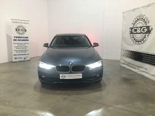 BMW Serie 3 2017 318 d + navi