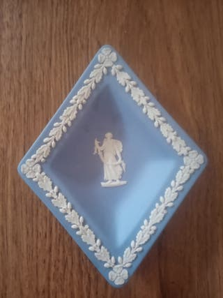 Vintage diamond shaped Wedgwood jasperware