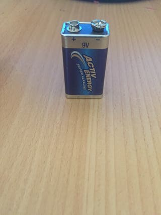 9 volt battery *FOR TRADE ONLY*