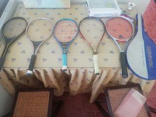Lote de raquetas de tenis.