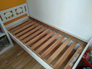 Cama infantil Kritter Ikea con colchón