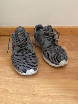Nike Roshe Run 2.0