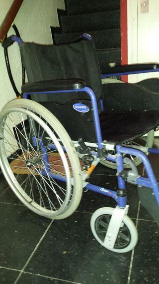 Silla de ruedas Invacare rueda grande