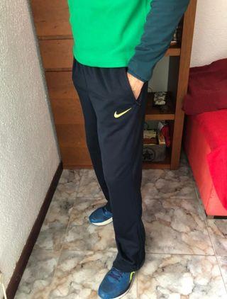 Pantalón del Barça, Nike