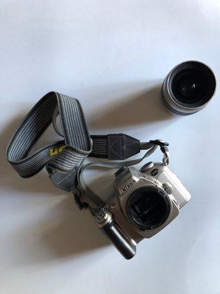 Cámara analógica Nikon F55