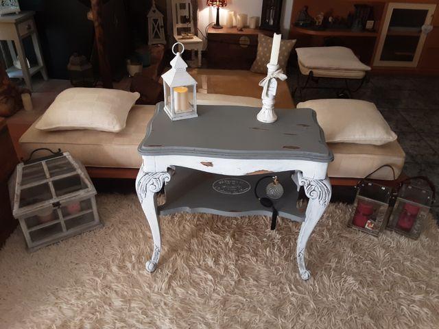 Mesa muy Antigua Restaurada efecto decapé Vintage