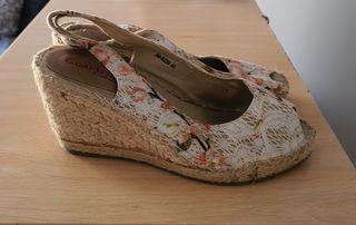 zapatillas y zapatos de mujer desde 6€