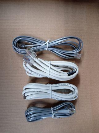 Cables de red, y teléfono.