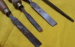 Formones de maestro carpintero. 4 herramientas.