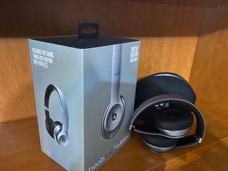 Beats Solo 2 Wireless