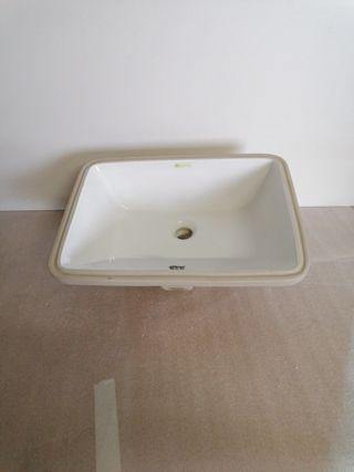 Seno cuarto de baño