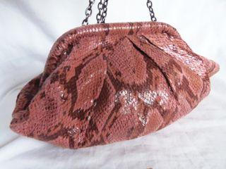 mango . precioso bolso . serpiente . rosa