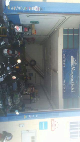 Traspaso taller de motos, escuchamos ofertas.