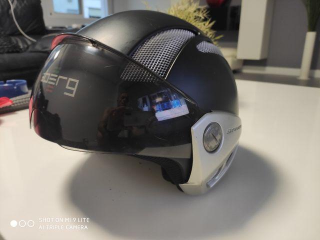 2 cascos: Shoei XR1000 y Caberg