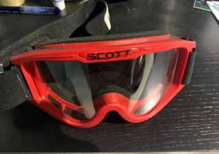 Gafas de motocross SCOTT y casco
