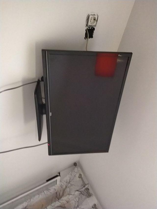 vendo televisión TCL 38 pulgadas (sin mando)