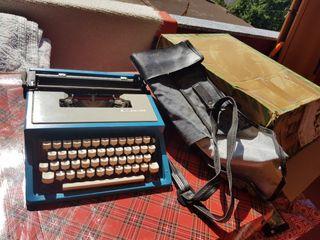 Olivetti Lettera 31 - Máquina de Escribir