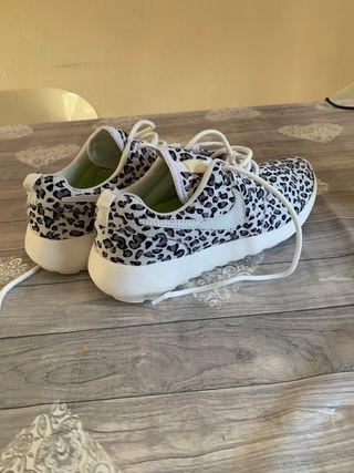 Nike Roshe 36