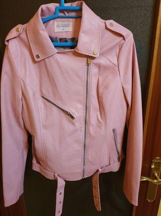 Cazadora de mujer rosa marca Kelrebec