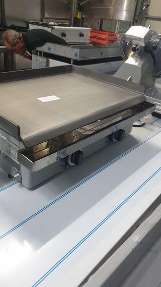 Plancha hierro 60x40 gas