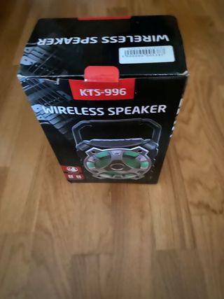 Altavoz wireless speaker