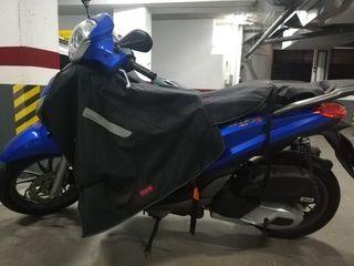 Moto Piaggio Vespa Medley 2018