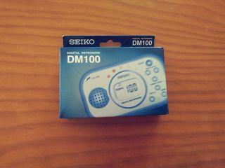 Metrónomo digital DM 100 Seiko