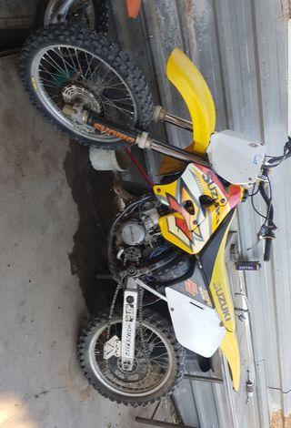 suzuki rm 125cc.