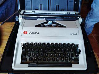 Máquina de Escribir Olympia Carina 2