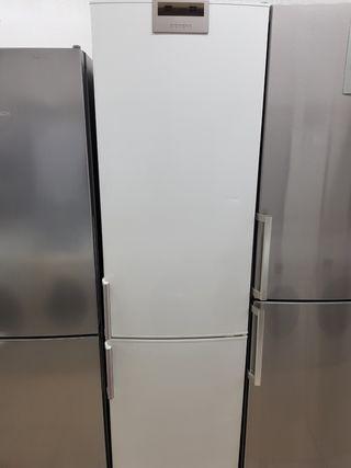 Frigorífico Combi Siemens Semi Nueva no frost