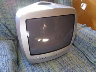 Televisor Convencional Philips 14 Pulgadas