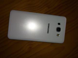 Teléfono Samsung Galaxy J7
