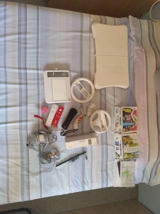 Nintendo Wii y accesorios