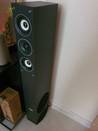 Altavoces y amplificador Auna nuevos