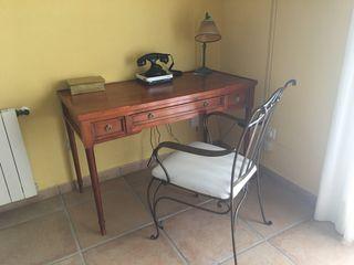 Despacho mesa boureau escritorio sillón