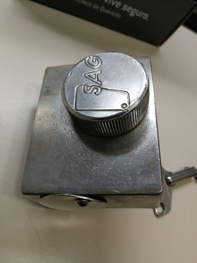 Cerradura de seguridad persiana metálica