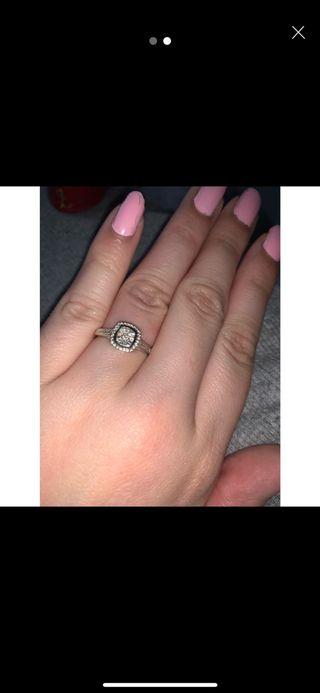 9 carat White Gold Engagement Ring