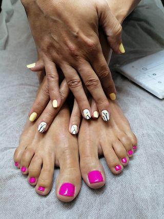 esteticie uñas, cera, pedicura