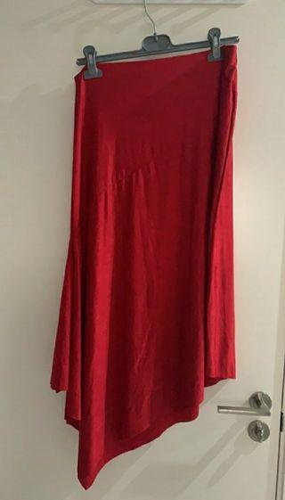 Falda roja midi Zara